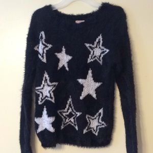 Sweater black with white stars  on front